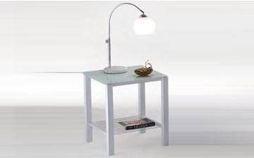 Imagen de Mesa de luz Pilati de metal y vidrio Plateada
